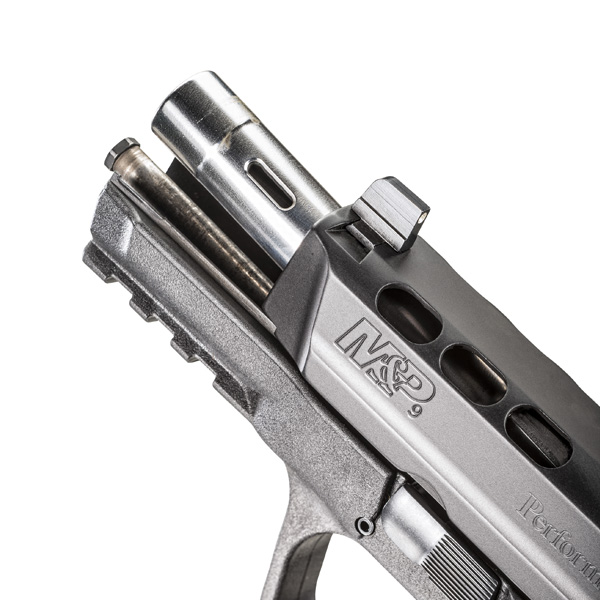 Smith_Wesson_MP9_Performance_Center_Ported_9x19_6